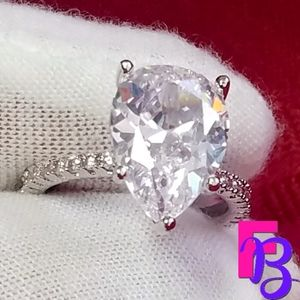 Size 7.5 5 CT Pear Cut Engagement Ring